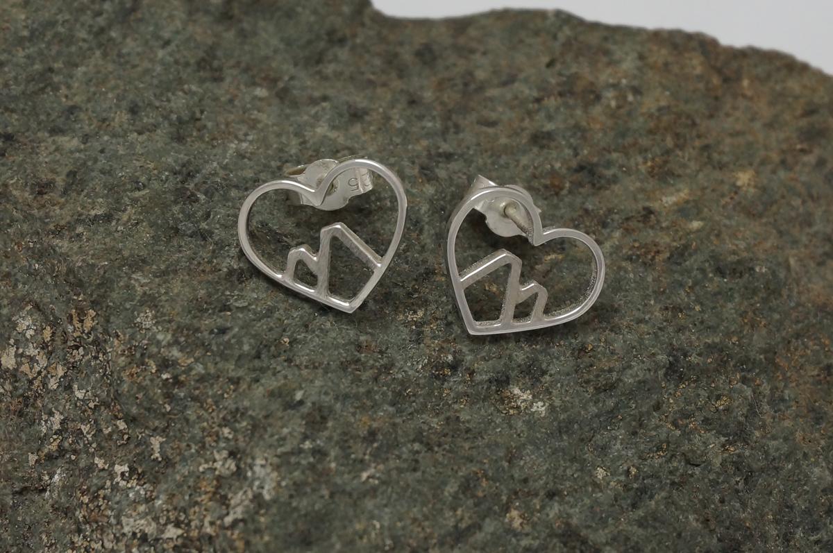 heart-earrings-1