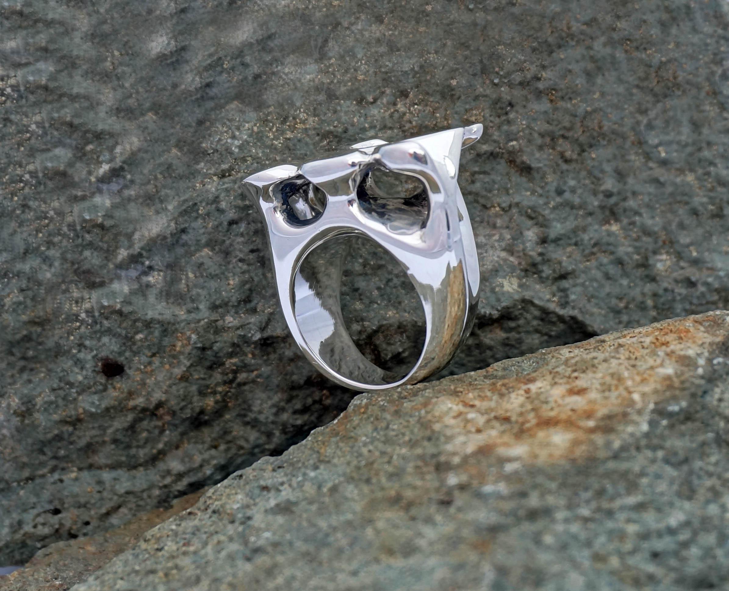 caverns ring on rock 3